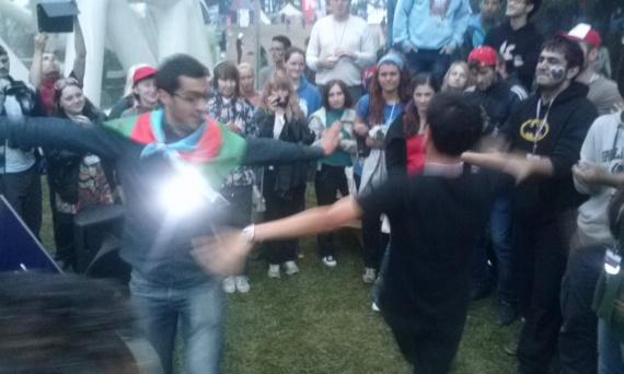 Танцы!